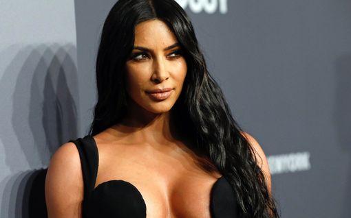 David Letterman sai Kim Kardashianin itkemään
