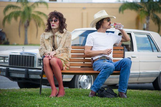 Jared Leto esittää Dallas Buyers Clubissa transsukupuolista Rayonia.