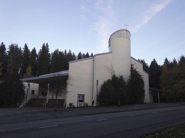 Keltinmäen kirkossa järjestettiin keskiviikkona muistotilaisuus.
