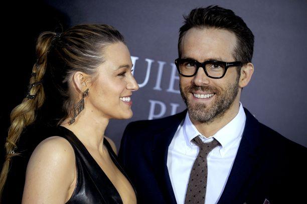 Blake Lively ja Ryan Reynolds ovat kahden tyttären vanhempia. Yhteinen huumorintaju yhdistää kaksikkoa.