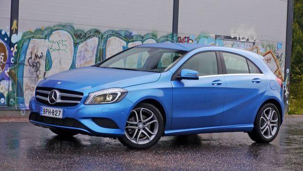 A-sarjan Mercedeksen hintaa autovero laski tänä vuonna alle 300 euroa.