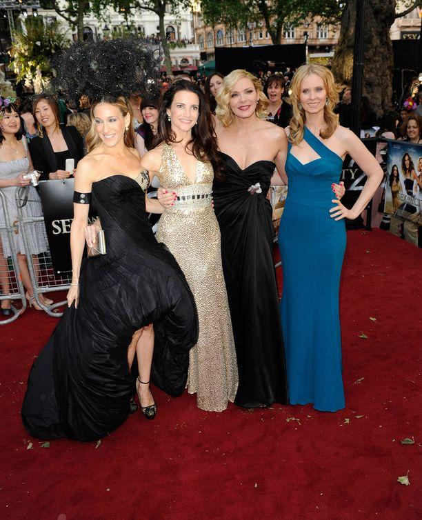 Sinkkuelämää 2 -elokuvan tähtinelikko juhlisti ensi-iltaa vuonna 2010.