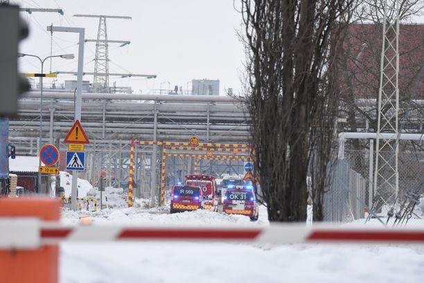 Kemikaalivuoto sattui Nuottasaaren tehdasalueella.