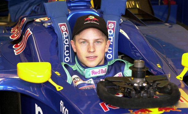 Kimi Räikkönen ajoi ensimmäiset Sauber-testinsä vain 20-vuotiaana.