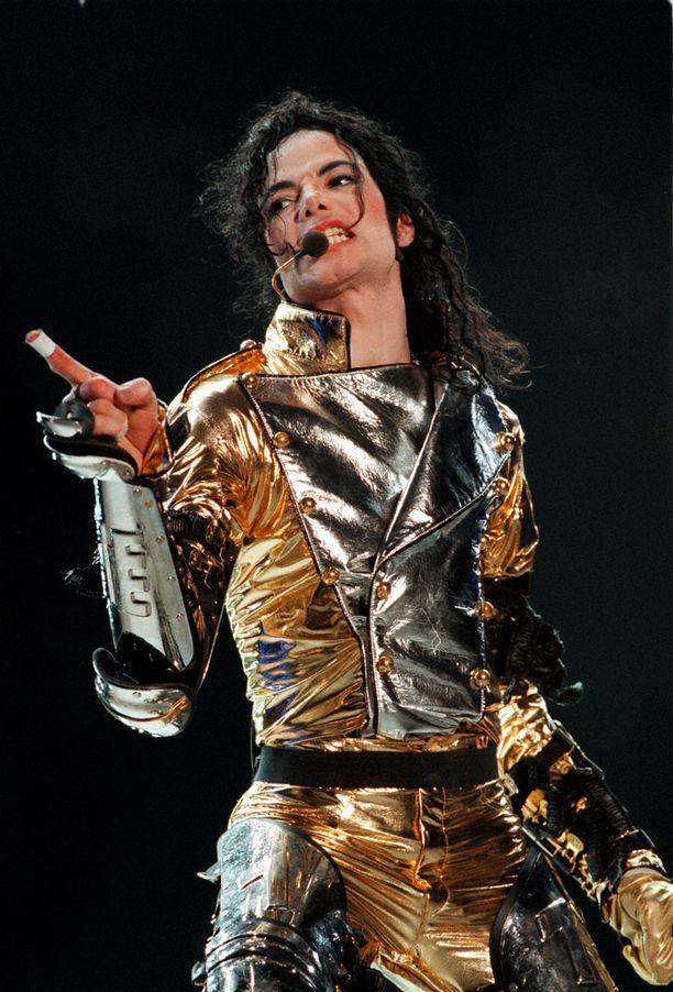 Michael Jackson kuoli 50-vuotiaana. Kuva keikalta Ruotsista vuodelta 2007.