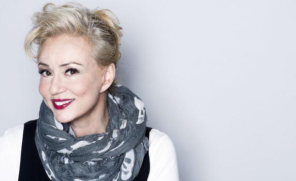 Susanna Indrén on aiemmin viihtynyt vaaleahiuksisena.