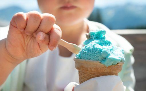 Jopa 8-vuotiaille suunnattu laihdutussovellus kuohuttaa USA:ssa – suomalaisprofessorikin tyrmistyi