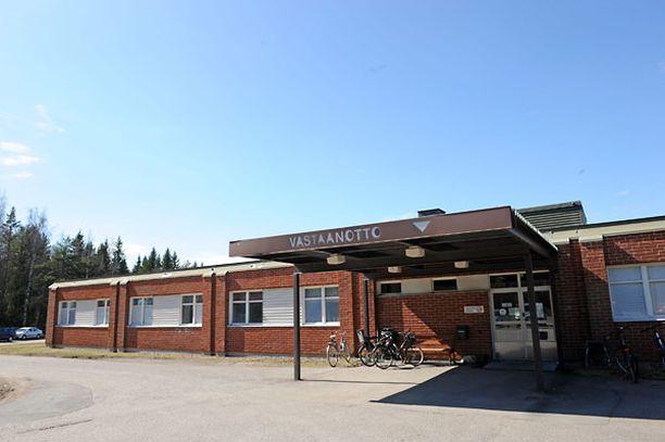 Mika Jokinen toimi lääkärinä muun muassa Karkkilan terveyskeskuksen vuodeosastolla.