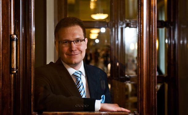 Immosen mukaan hänen päivityksillään ei ole mitään tekemistä joukkomurhaaja Anders Behring Breivikin kanssa.
