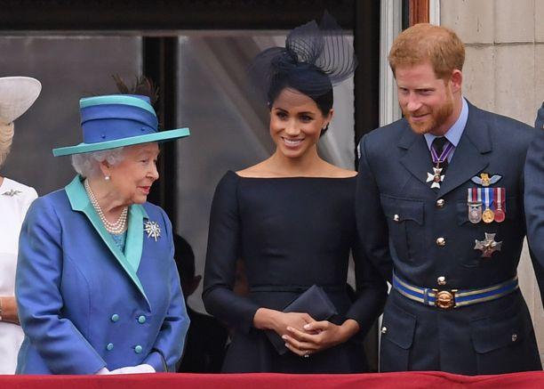 Kuningatar Elisabet lienee hyvissä väleissä pojanpoikansa vaimon kanssa, sillä hän nimitti Meghanin tärkeään tehtävään. Kuva viime kesältä.