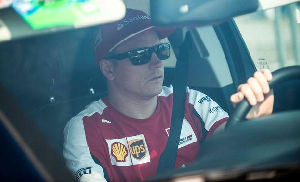 Kimi Räikkösen jatkoa on spekuloitu koko kauden ajan.