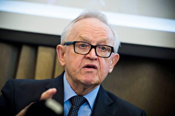 Nobel-komitea ei muuta linjausta presidentti Martti Ahtisaaren venäläisyydestä, koska ei voi tehdä yksittäisiä poikkeuksia.