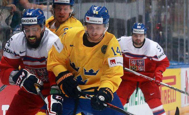 Magnus Nygren ei pystynyt pelaamaan, kun Ruotsi kohtasi Kazakstanin.