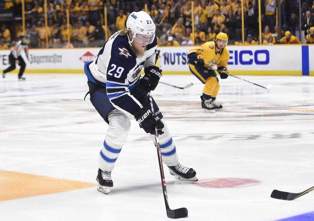 Winnipeg varasi Patrik Laineen kakkosena kesän 2016 draftissa. Edelle kiilasi vain Toronto ja Auston Matthews.