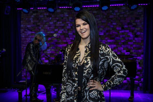 Suomen Euroviisuedustaja Saara Aalto on yksi X Factor -tuomareista.