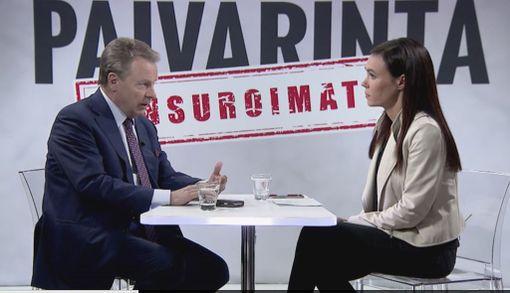 Ilkka Kanerva kertoi Susanne Päivärinnalle olevansa avunantoasiasta samaa mieltä kuin Sipilän hallitus.