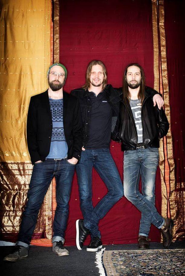 Kie, Mikko ja Jonne von Hertzen ovat satsanneet paljon kuudenteen studiolevyynsä New Day Rising.