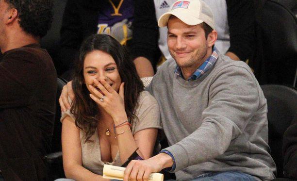 Ashton Kutcher ja Mila Kunis saivat ensimmäisen lapsensa viime lokakuussa.