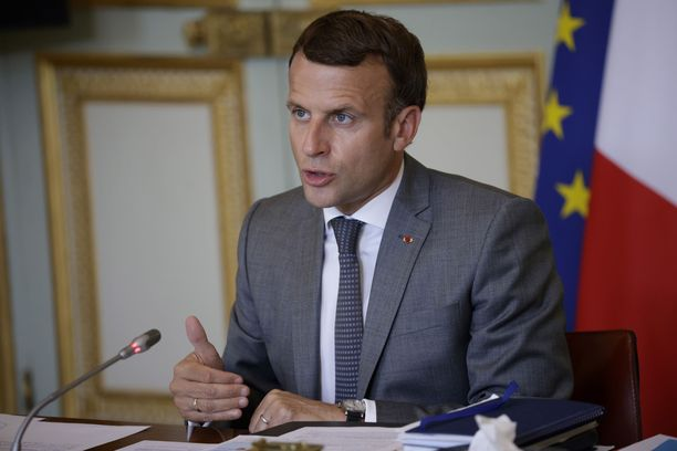 Presidentinvaaleihin valmistautuva Ranskan presidentti Emmanuel Macron olisi halunnut kymmenien miljardien arvoisesta sukellusvenekaupasta ja niiden synnyttämistä työpaikoista sulan hattuunsa.