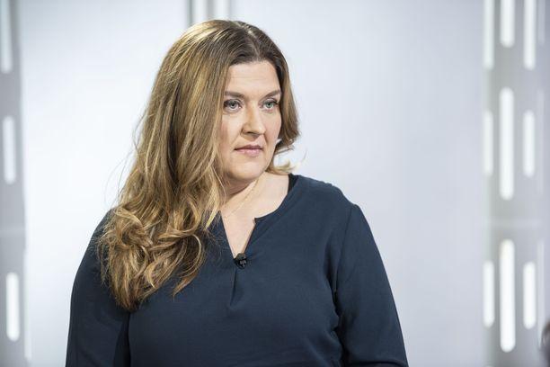 Elina Vuorenmaa kertoi tyttärensä oireista Sensuroimaton Päivärinta -ohjelmassa.