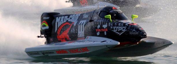 Sami Seliö kamppailee yhä F1-veneiden maailmanmestaruudesta.