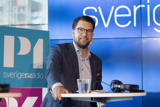 Jimmie Åkesson vaaliväittelyssä Tukholman Kulturhusetissa.