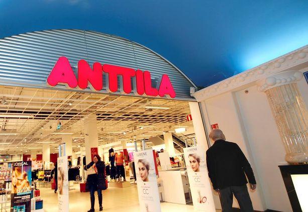 Anttilan konkurssipesän asianajaja uskoo, että Helsingin City Centerin myymälä on viimeistä päivää auki sunnuntaina.