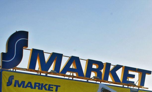 Rautavaaran S-market on kiinni sortumisvaaran vuoksi ainakin tiistaina.