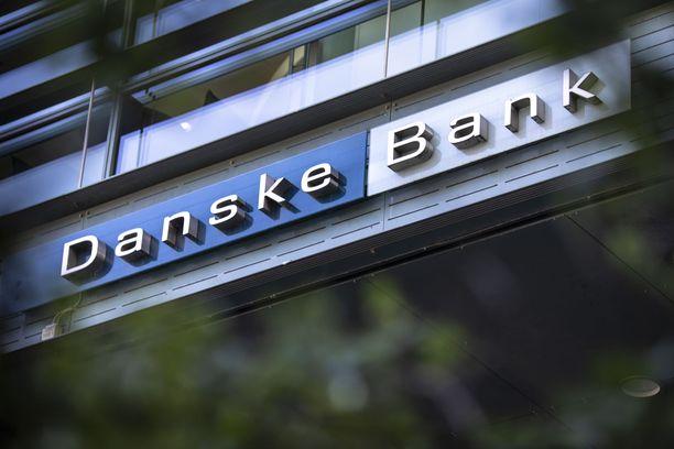 Danske Bankin korttimaksut olivat perjantaina osalla asiakkaista lähteneet tuplana. Kuvituskuva.