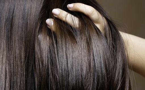 10 sekunnin pikatesti kertoo hiustesi kunnon - toimi näin