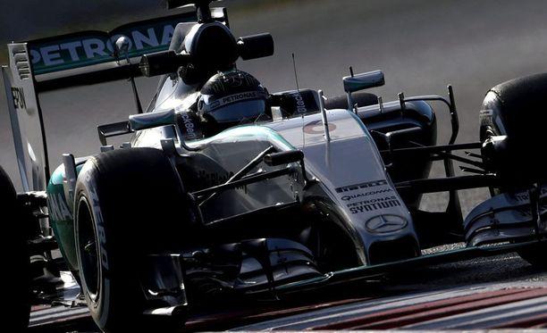 Nico Rosberg osoitti, että Mersua on tälläkin kaudella tolkuttoman vaikea lyödä.