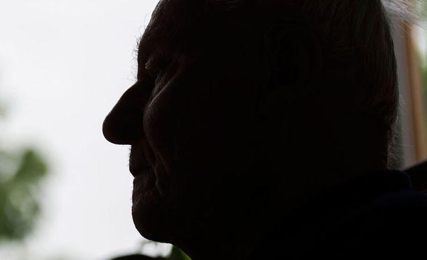 Asianajajan mielestä vanhuksen oikeusturvaa loukataan.