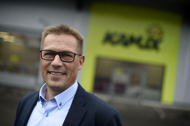 Autokauppaketju Kamuxin toimitusjohtaja Juha Kalliokoski on yksi Suomen monista Juha-nimisistä toimitusjohtajista.