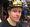 Atte Engren sai HIFK:n pukukopissa päähänsä matsin parhaan pelaajan erikoismieskypärän.