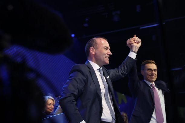 Weber juhli ja toivoi, että Stubb lähtisi innolla mukaan EU-vaalityöhön.