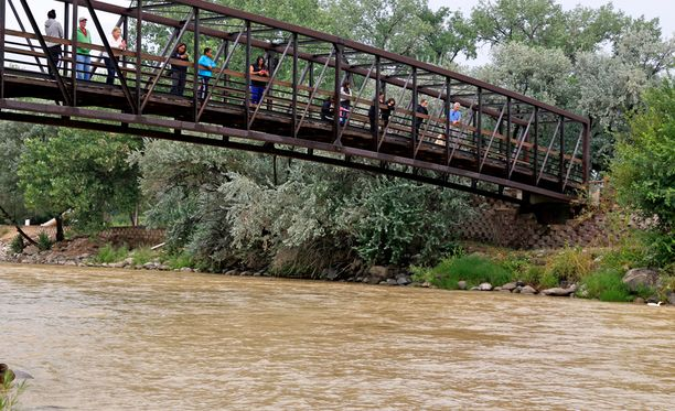 Vuodesta 1923 suljettuna olleesta kaivoksesta alkoi viime viikolla valua saastevettä, joka on värjännyt vesistöjä Yhdysvaltain Coloradossa.