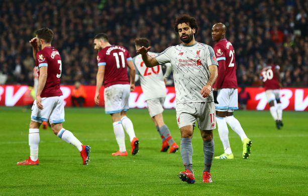 Mo Salah turhautui omaan tehottomuuteensa West Hamia vastaan.