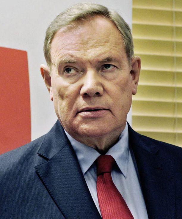 Paavo Lipponen on jyrähtänyt perussuomalaisten äärisiivelle. Soinilaisissa on kuitenkin kaikkien suurten puolueiden perinteitä.