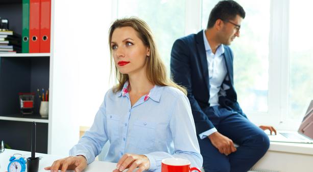 Naisten ei ole yhtä helppoa järjestellä työaikojaan kuin miesten, työolotutkimus kertoo.