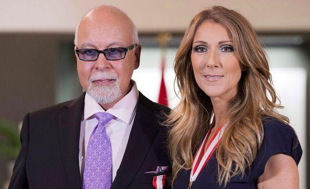 René Angélil ja Céline Dion ehtivät olla naimisissa 21 vuotta.