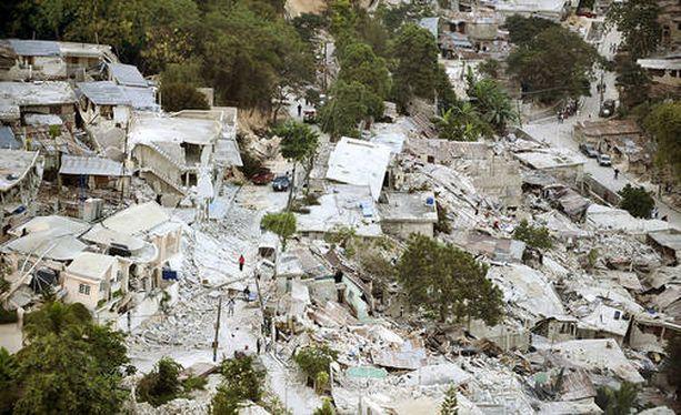 Haitin vuoden 2010 maanjäristyksessä kuoli yli 220 000 ihmistä. Avun tarve oli valtava.