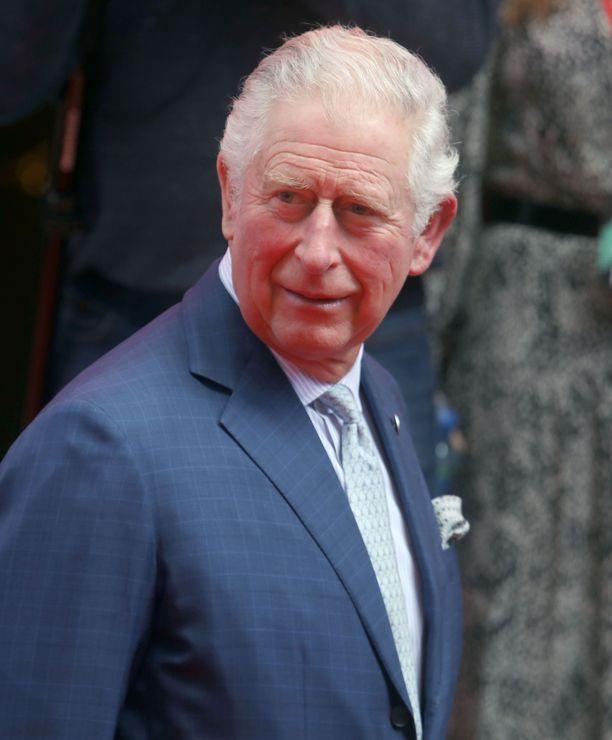 Prinssi Charlesin koronaoireiden kerrotaan olevan lieviä.