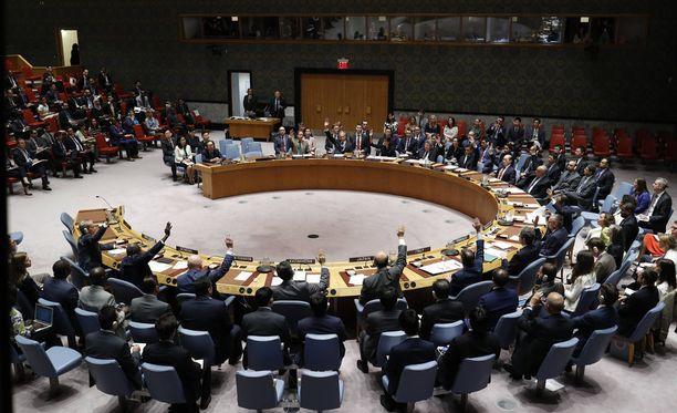 YK:n turvallisuusneuvosto kokouksessa 11. syyskuuta.