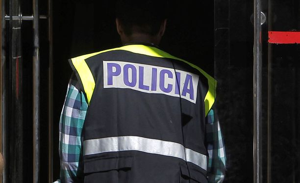 Espanjalaisia poliiseja kuvattuna Torrelodonesissa Madridissa.