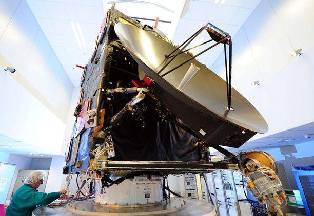 Täysikokoinen ja toimiva kopio Rosettasta ESA:n tukikohdassa Saksan Darmstadtissa.