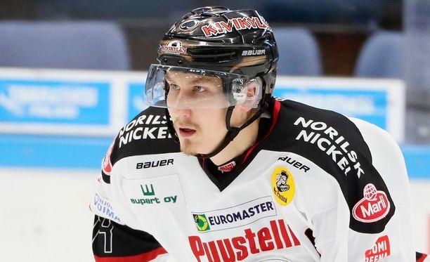 Jussi Makkonen vastasi pelin avausmaalista Tampereella.
