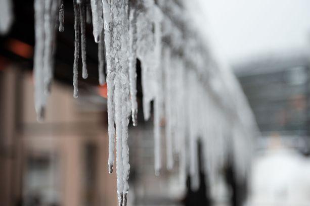 Odotettavissa on talvinen päivä,