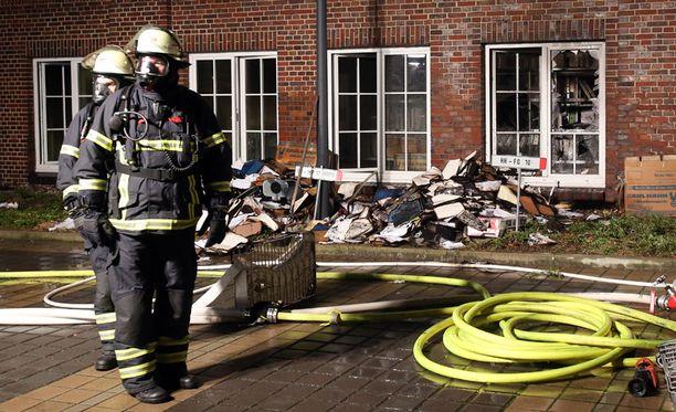 Isku tapahtui noin puoli neljältä Suomen aikaa. Kukaan ei poliisin mukaan loukkaantunut hyökkäyksessä.
