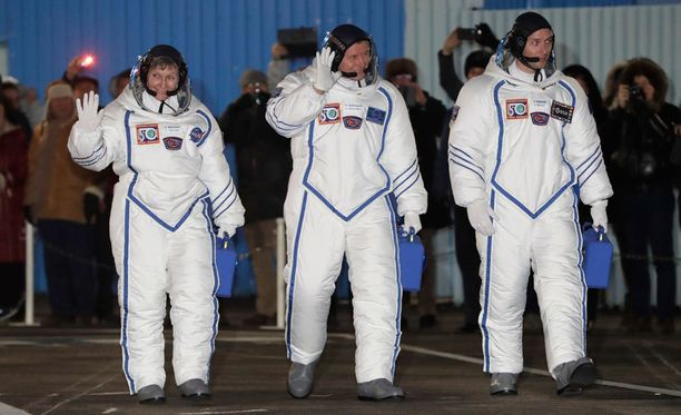 ISS-avaruusaseman uudet astronautit lähtivät matkaan torstaina Kazakstanista.