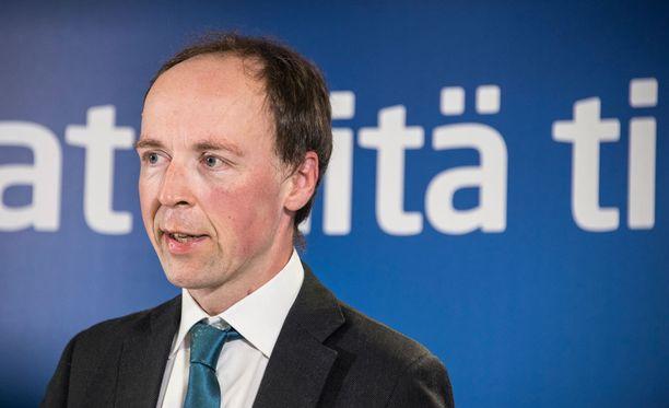 Halla-aho arvosteli mediaa asema-aukion pahoinpitelyyn liittyvästä uutisoinnista.
